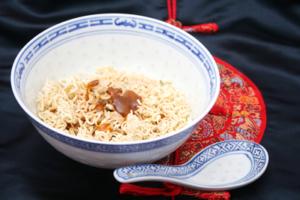 Asiatische Instantnudeln Yum Yum